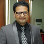 Asst. Prof. Dr. Abdul Qayyum Baig Orthopedic Surgeon Lahore